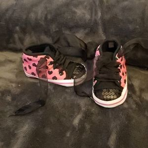 Black and pink soft sole shoes
